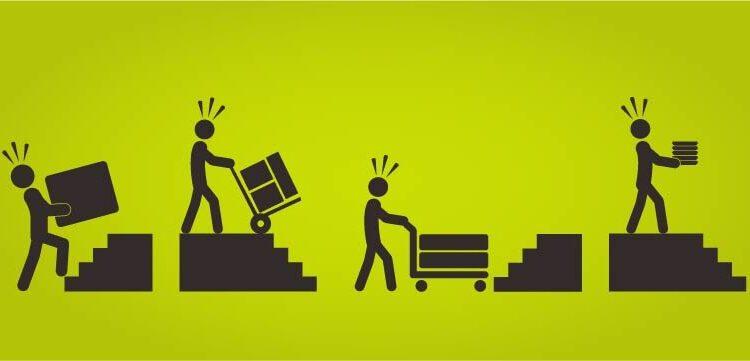 Evitar los costes de la manipulación manual y los riesgos con un ascensor